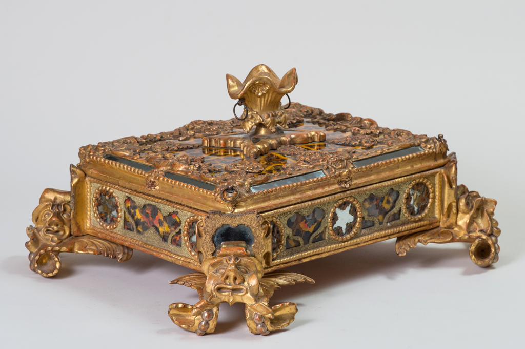 """Carved Giltwood, Verre Eglomise, Pastiglia and Crushed Stone Casket (41925)"""