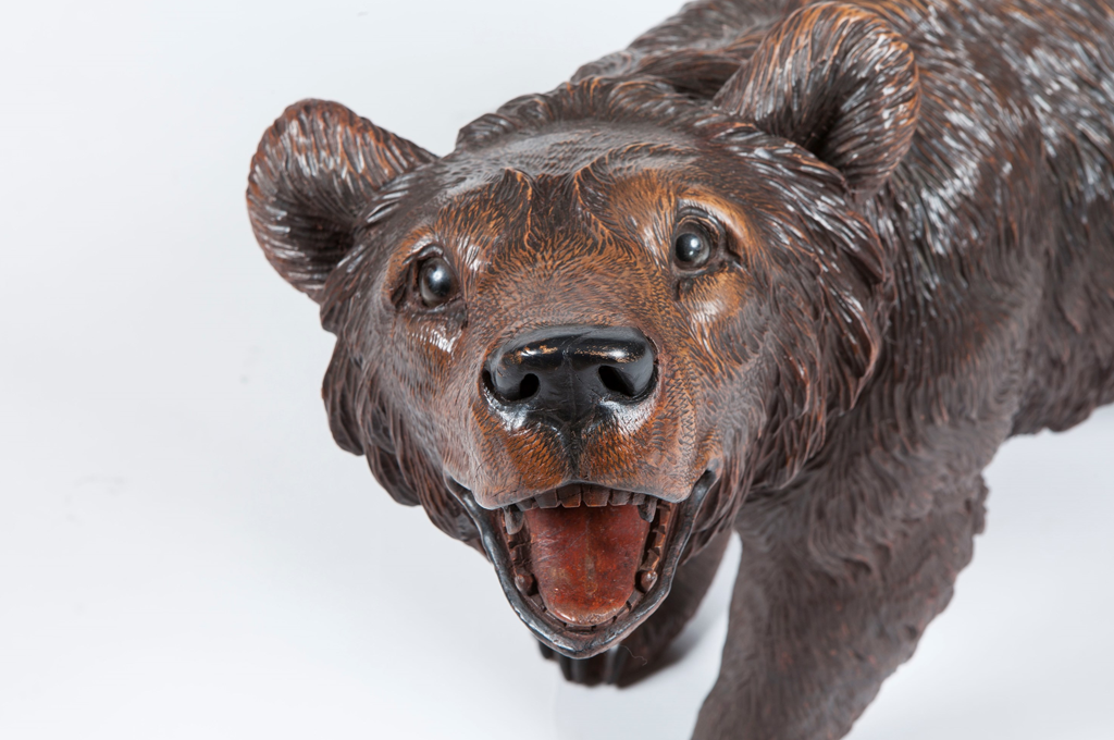 A Carved Wooden Bear from the 'Black Forest' (45140)