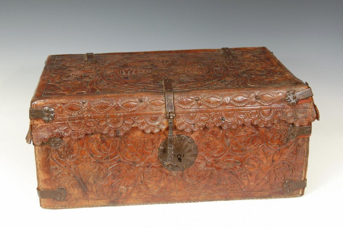 LEATHER TRUNK, South American, Circa 1640