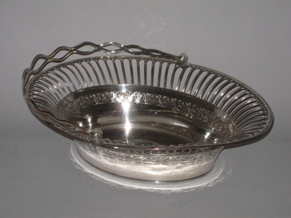 OLD SHEFFIELD PLATE SILVER FRUIT OR CAKE BASKET.CIRCA 1785