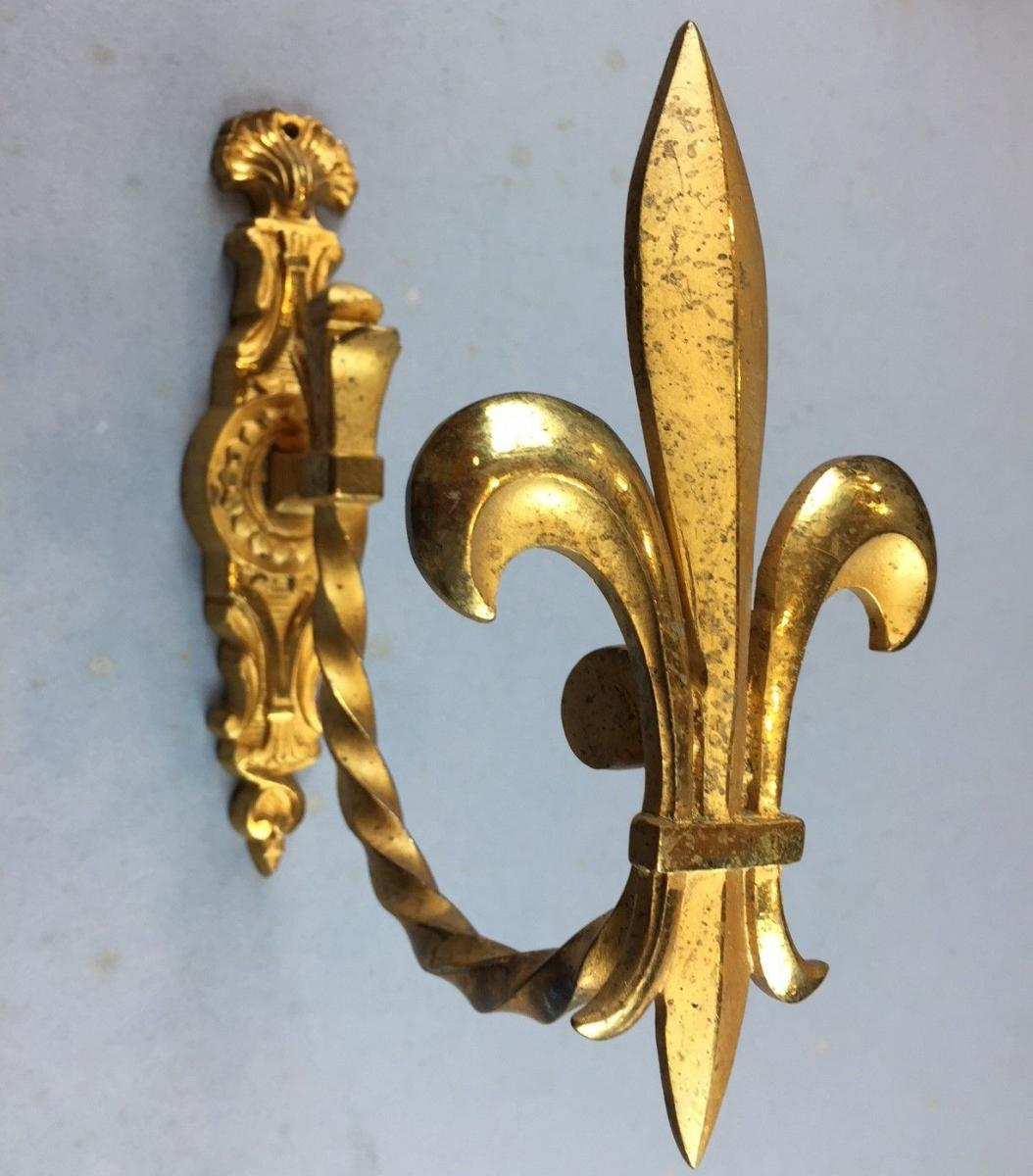 Antique Brass Drapery Curtain Tie Backs Fleur de Lis Antique Hardware Ormolu Window Treatment