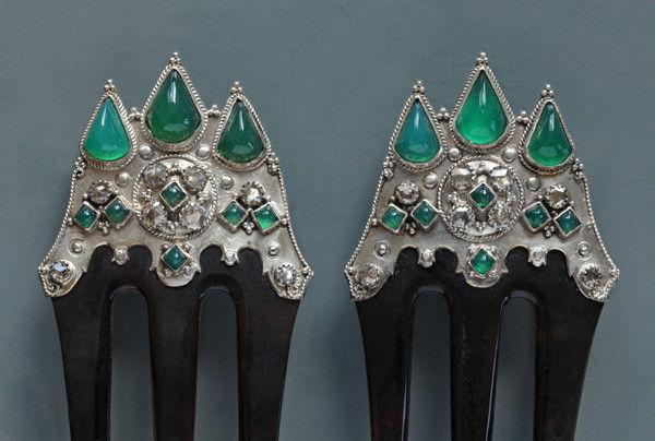 BRITISH ARTS & CRAFTS (1880-1930) 'Gothic Revival' Jewelled Combs