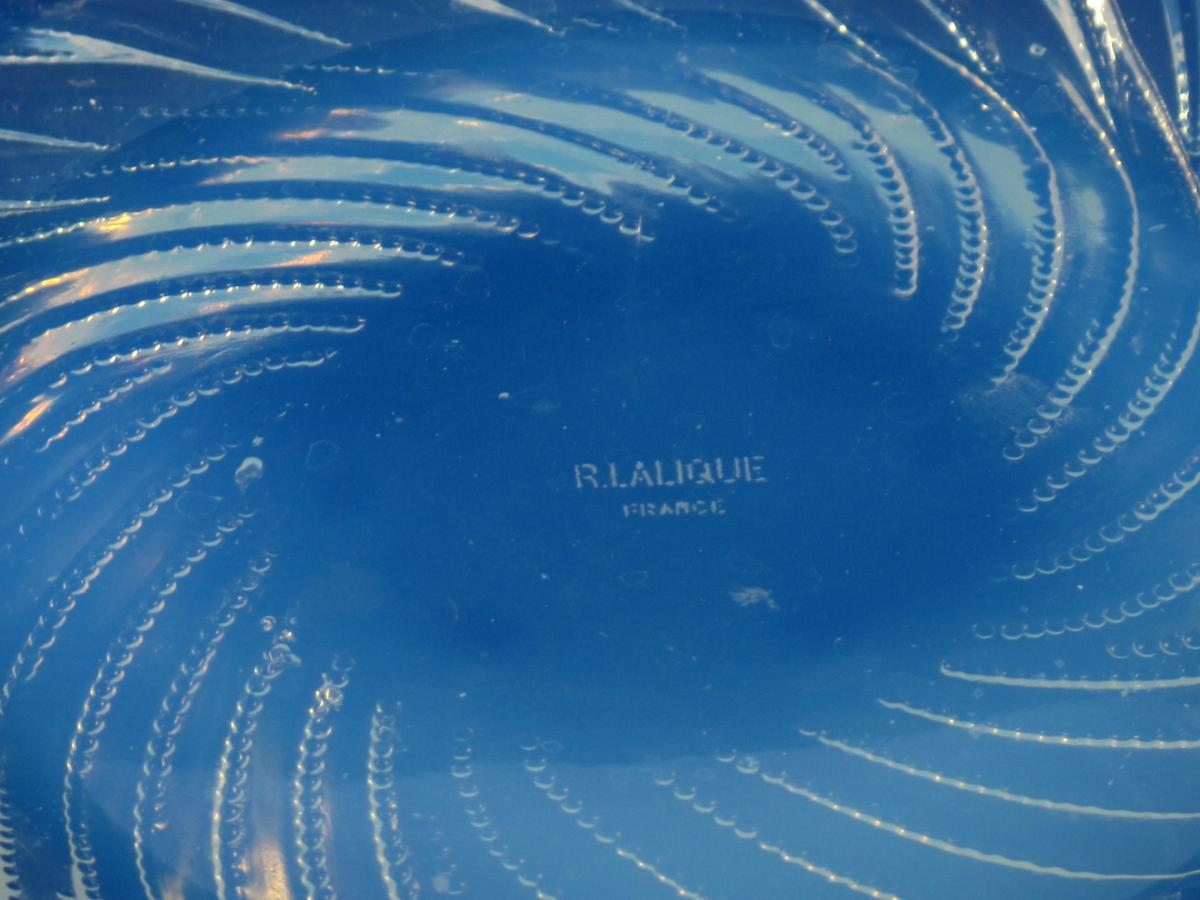 Rene Lalique Art Deco Opalescent glass Algues Plate