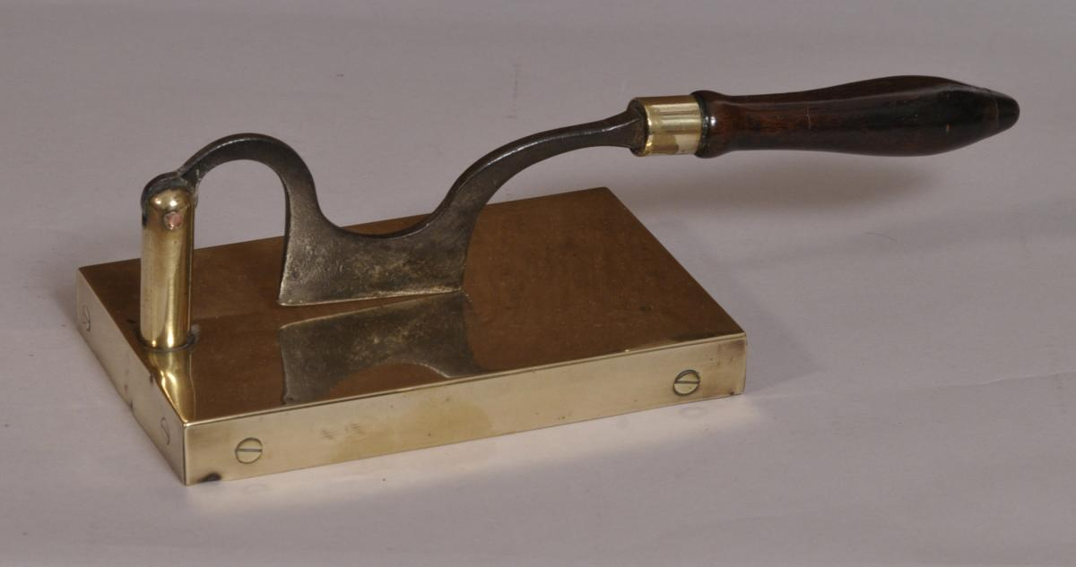 S/3689 Antique 18th Century Tobacco Cutter
