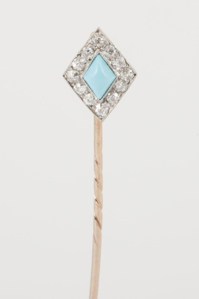 Antique Tie Pin with Diamond Cluster and Turquoise Centre in Platinum & Gold, English circa 1890