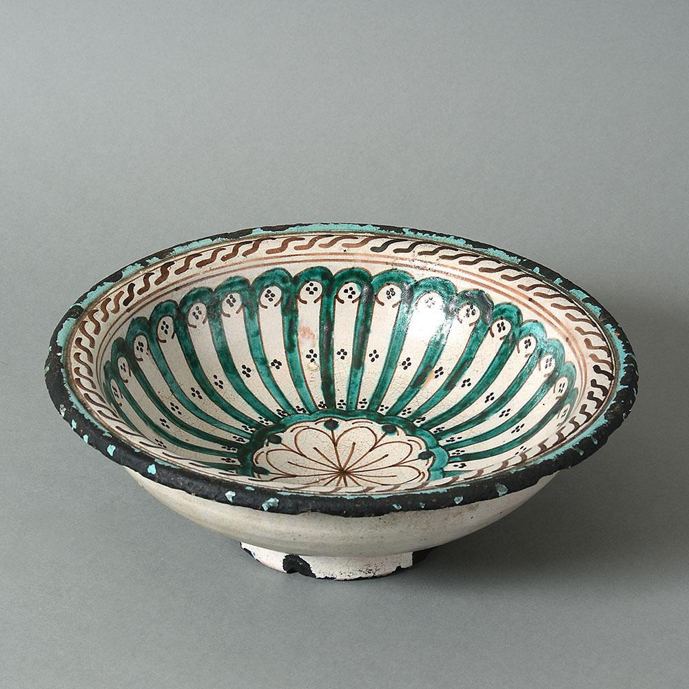 A Spanish early 20th century bowl