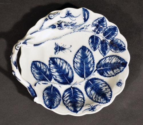 Antique English First Period Worcester Porcelain Underglaze Blue Blind Earl Leaf Dish, Circa 1765-75