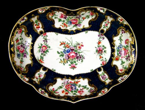 Antique English First Period Worcester Porcelain Botanical Blue Scale Kidney-Shaped Dish, Circa 1770