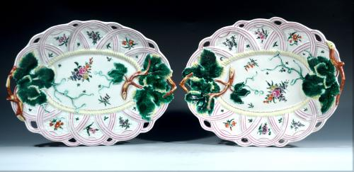 First Period Worcester Pair of Porcelain Leaf Serving Dishes, Circa 1758-60.