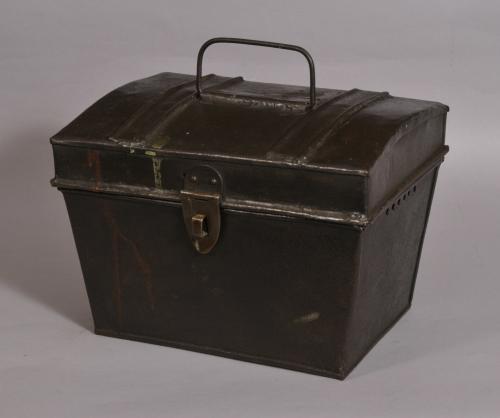 S/3596 Antique 19th Century Tin Pigeon Carrier