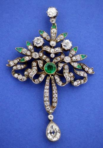 Emerald & Diamond Belle Epoch Pendant c1900