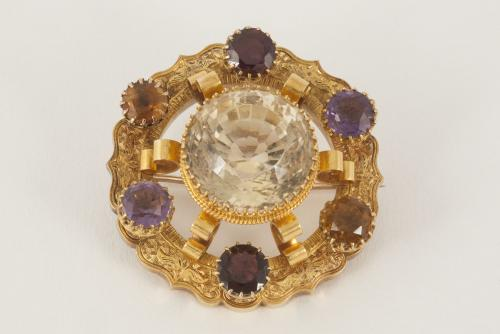 Engraved 15 Carat Gold Antique Brooch with Coloured Gemstones, Scottish circa 1870