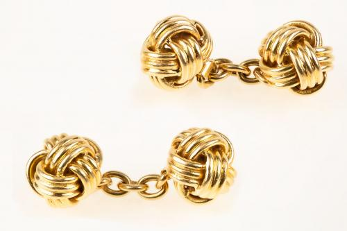 Vintage Cufflinks of Woven Knots in 18 Karat Gold, French circa 1950