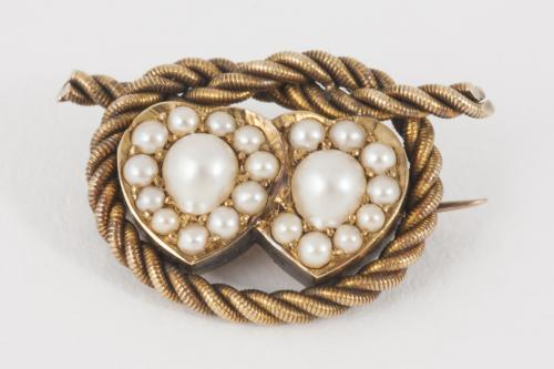 Entwined Double Heart Natural Pearl and Gold Antique Brooch, English circa 1880