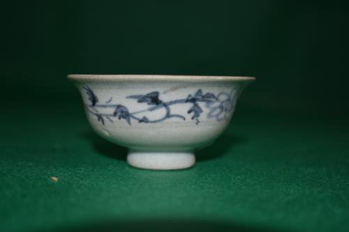 Yuan dynasty blue and white cup