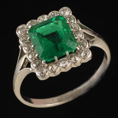 Fine Quality Colombian Emerald Ring