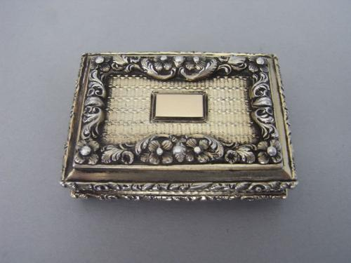 A Very Fine Silver Gilt Vinaigrette made in Birmingham in 1838 by Nathaniel Mills