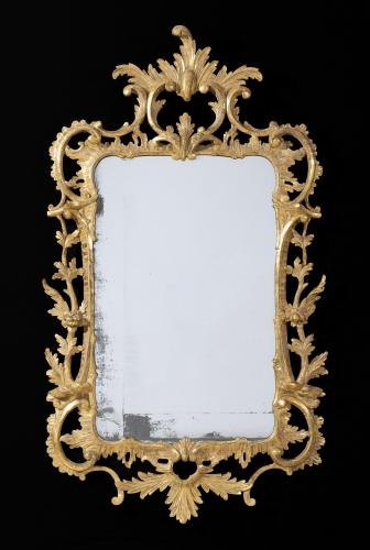 Large George III 18th Century Chippendale Period Giltwood Mirror