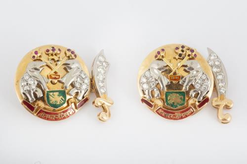 Indian Style Vintage Cufflinks in 18 Carat Gold, Diamonds, Rubies & Enamelling, English* circa 1950