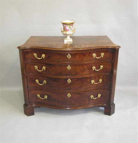 A fine 18th Century mahogany serpentine chest, circa 1770.