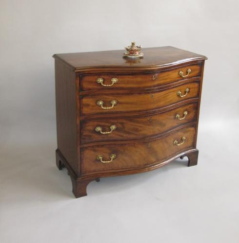 18th Century mahogany serpentine chest, circa 1780.