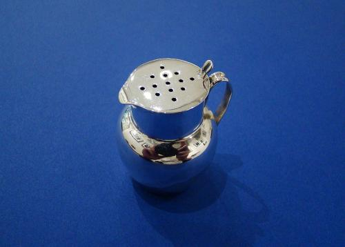 Victorian Silver 'Jug' Pepper Pot