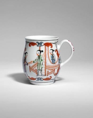 A Worcester Bell Shaped Mug with Chinoiserie Decoration