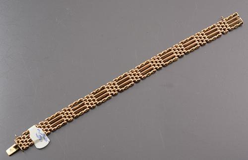 15ct gold Victorian gate bracelet