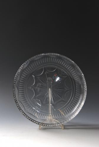 A good circular dish. English c.1800