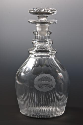 A heavy 'classic' decanter English c.1810