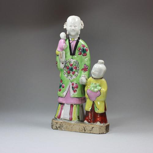Chinese famille rose figure group, Qianlong (1736-95)