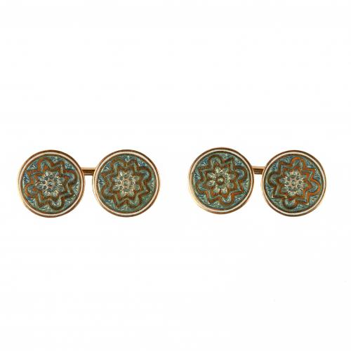 Edwardian 18 Carat Gold Cufflinks with Celtic Pattern in Enamel, English circa 1900.