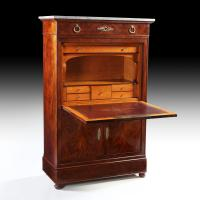 A FLAME MAHOGANY SECRETAIRE A ABATTANT