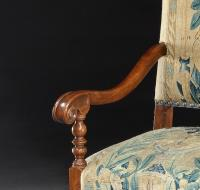 Armchair, chair, 17th Century, Italian, Walnut, Scroll, Baroque, Tapestry